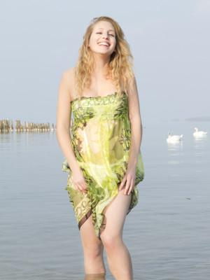 Robe/jupes à smocks verte