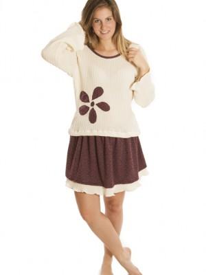 Tenue tricot et jupe violette